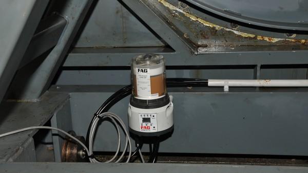 ファンハウジングのベースにあるシェフラーのCONCEPT8潤滑システム