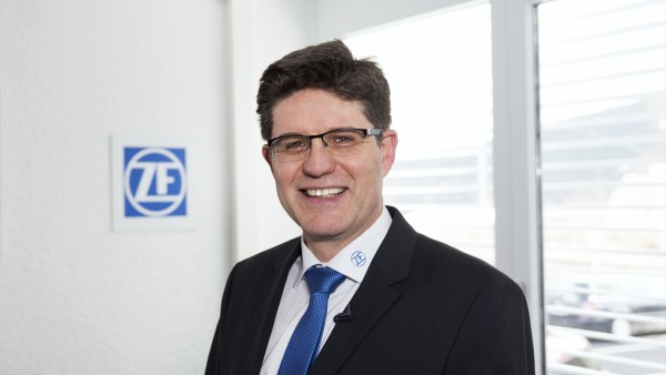 工学博士Dietmar Tilch、ZF Friedrichshafen AGの状態監視システム生産技術取締役